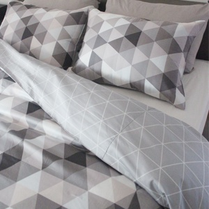 Mono triangle Bedding Set